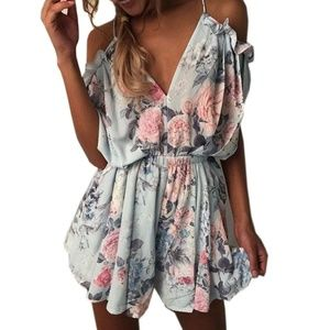 Pants - Super cute floral print jumpsuit!